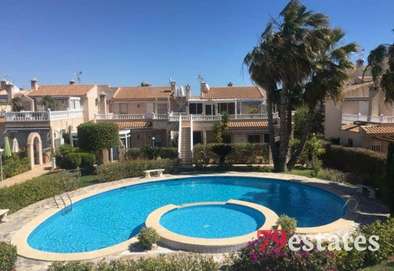 Ático de 2 habitaciones en Playa Flamenca en venta con piscina - 198.000 € (Ref: 4661541)