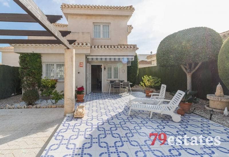 Chalet de 3 habitaciones en Playa Flamenca en venta con piscina - 230.000 € (Ref: 4707202)