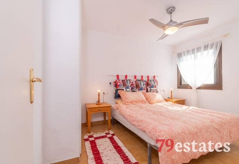 Piso de 2 habitaciones en Playa Flamenca en venta con piscina - 89.900 € (Ref: 4922198)