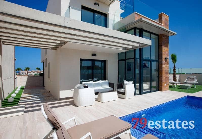 Chalet de 3 habitaciones en Orihuela en venta con piscina - 318.890 € (Ref: 5090528)