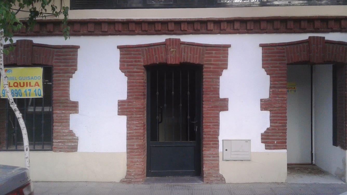 2 bedroom Commercial for rent in El Escorial - € 1,000 (Ref: 4418862)