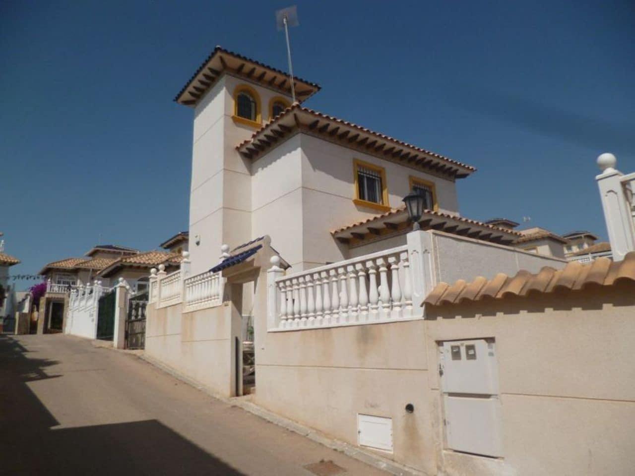 Chalet de 3 habitaciones en Playa Flamenca en venta con piscina - 199.999 € (Ref: 5036714)