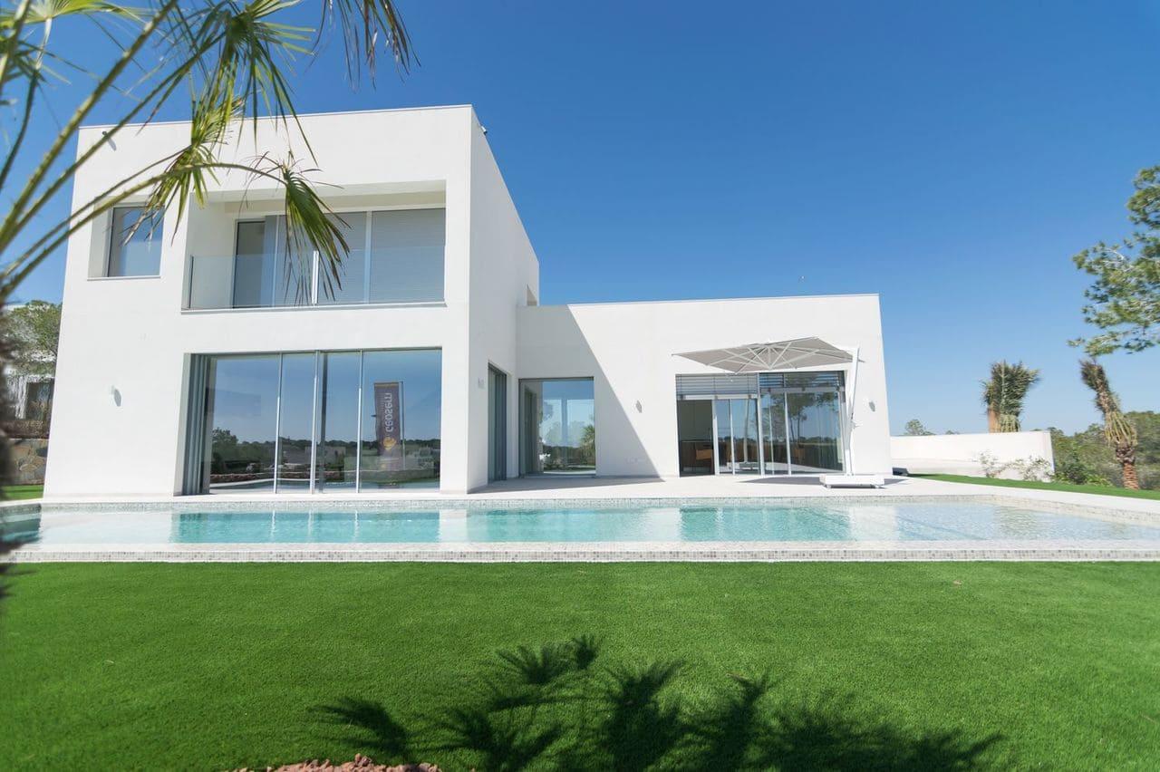 Chalet de 5 habitaciones en Las Colinas Golf en venta con piscina - 1.275.000 € (Ref: 5036748)