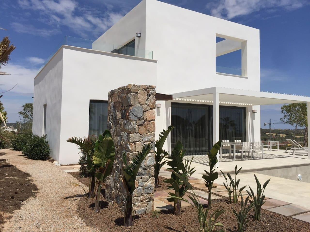 Chalet de 3 habitaciones en Las Colinas Golf en venta con piscina - 469.000 € (Ref: 5036820)