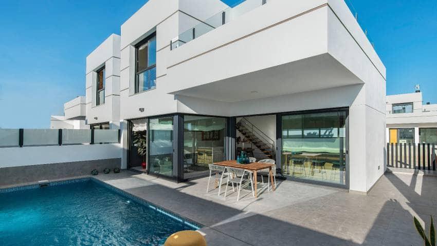 Pareado de 3 habitaciones en Dolores en venta con piscina - 239.000 € (Ref: 4786638)