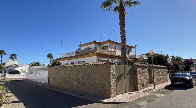 3 soveværelse Semi-Rækkehus til salg i La Florida med swimmingpool - € 160.000 (Ref: 5536372)