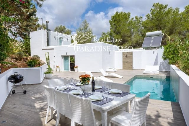 5 bedroom Villa for sale in Can Furnet with pool garage - € 1,396,000 (Ref: 5002711)