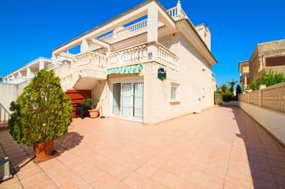 5 bedroom Townhouse for sale in Oliva Nova with pool - € 260,000 (Ref: 5368563)