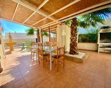 4 slaapkamer Rijtjeshuis te huur in Los Balcones met zwembad - € 1.350 (Ref: 5302821)