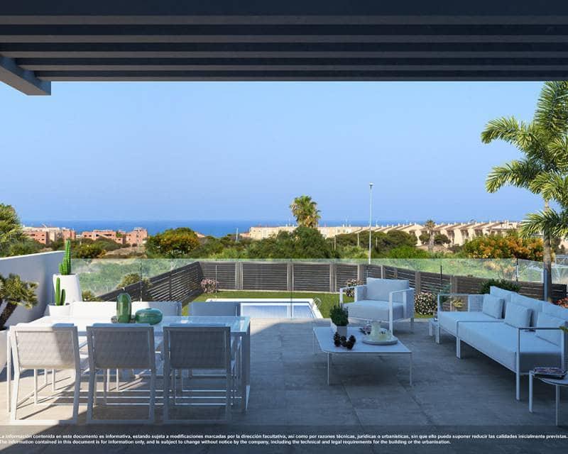 3 bedroom Apartment for sale in Guardamar del Segura with pool - € 352,000 (Ref: 5399375)