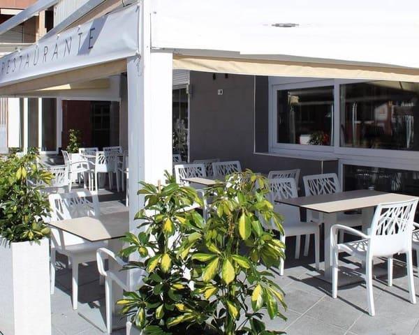 1 slaapkamer Restaurant/bar te huur in Torrevieja - € 2.500 (Ref: 5585586)