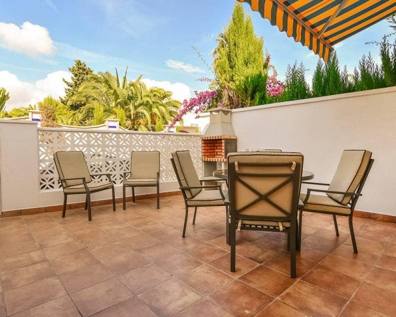 3 soverom Rekkehus til salgs i La Zenia med svømmebasseng - € 900 (Ref: 5680733)