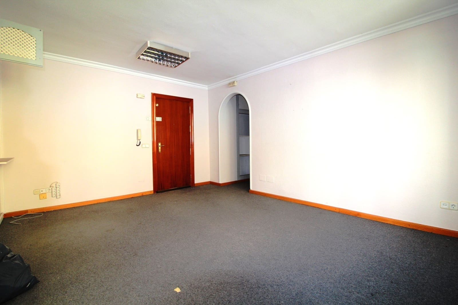 Office for sale in Marbella - € 260,000 (Ref: 4521814)