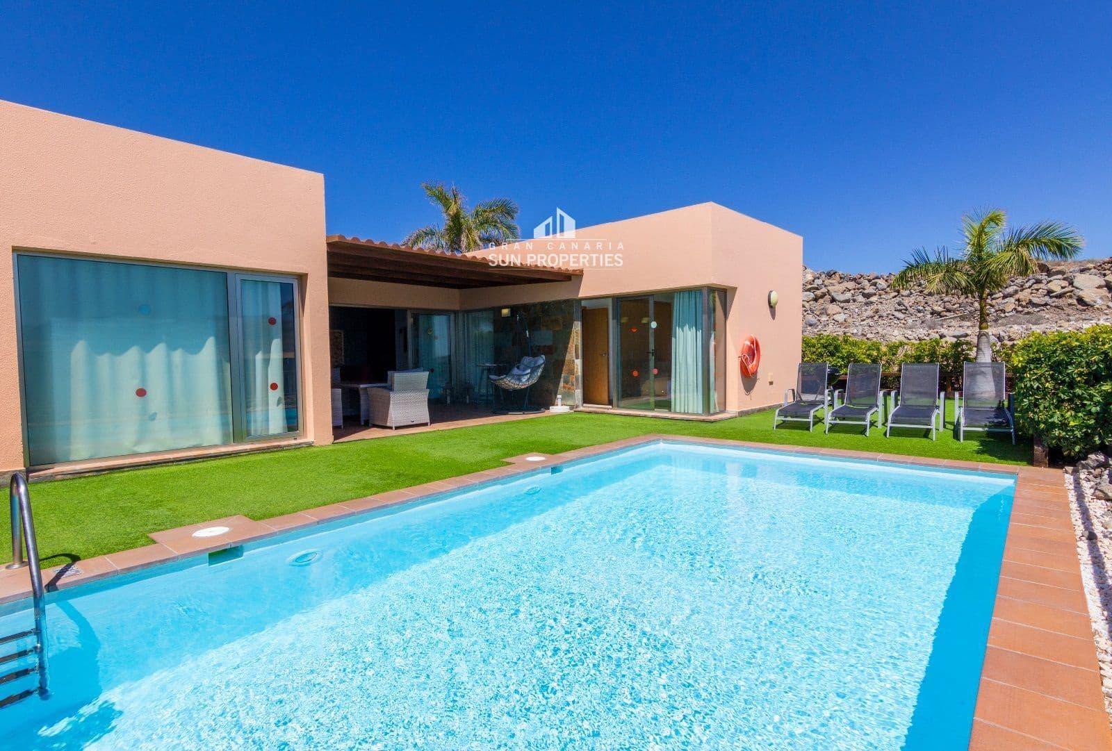 2 slaapkamer Villa te huur in Salobre Golf met zwembad - € 2.200 (Ref: 5243814)