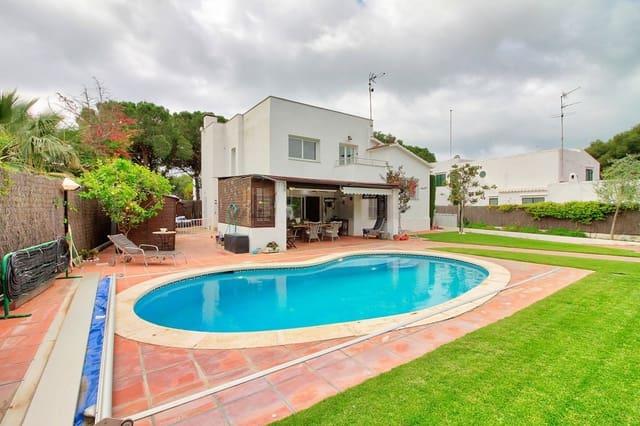 4 bedroom Villa for sale in Sitges with pool garage - € 1,200,000 (Ref: 6188697)