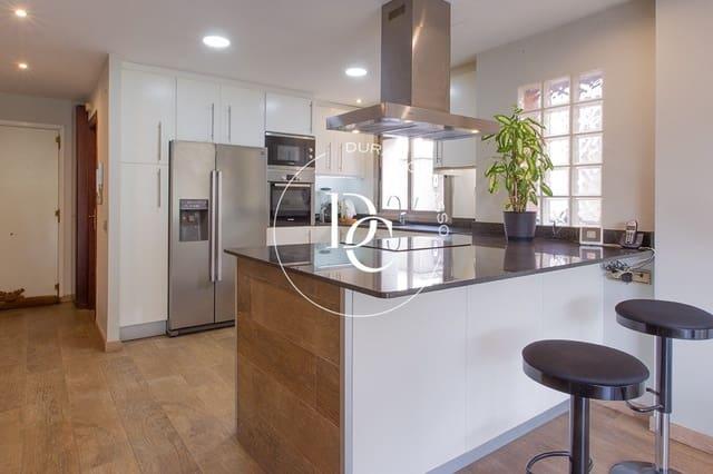 5 soveværelse Rækkehus til salg i Rubi med garage - € 445.000 (Ref: 5877789)