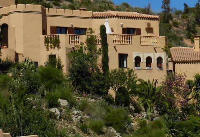 2 sovrum Hus till salu i Turre med pool - 145 000 € (Ref: 5602169)