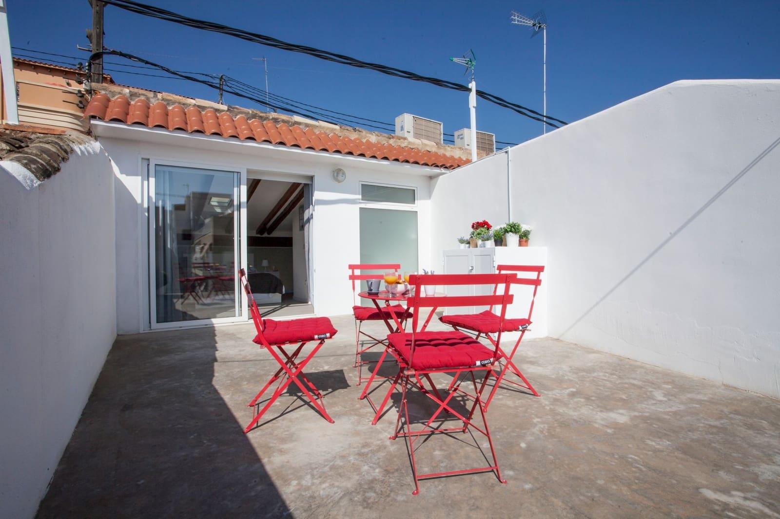 2 soveværelse Byhus til leje i Valencia by - € 1.950 (Ref: 4570711)
