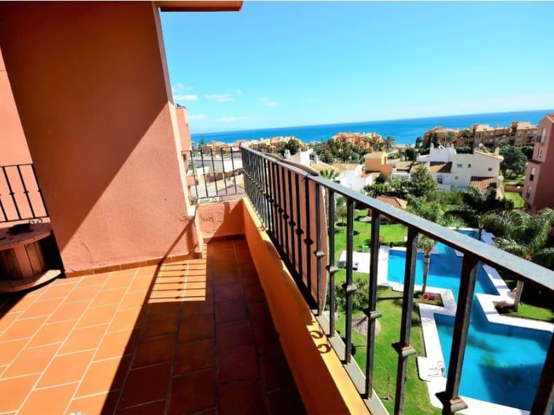 2 bedroom Flat for sale in Manilva with garage - € 168,000 (Ref: 4595537)