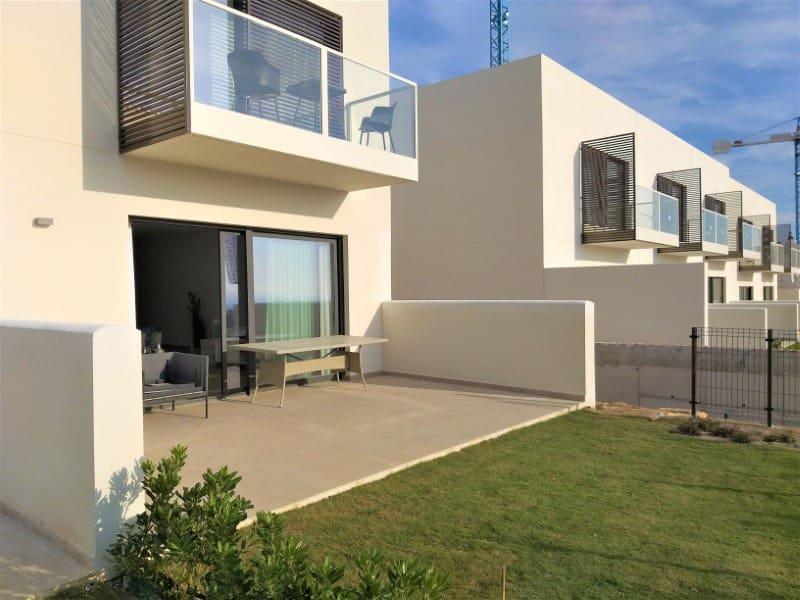 3 bedroom Villa for sale in Manilva with pool garage - € 275,000 (Ref: 4616528)