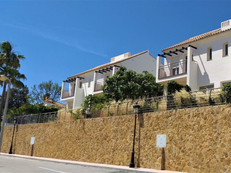 3 bedroom Villa for sale in Manilva with garage - € 249,000 (Ref: 5020469)