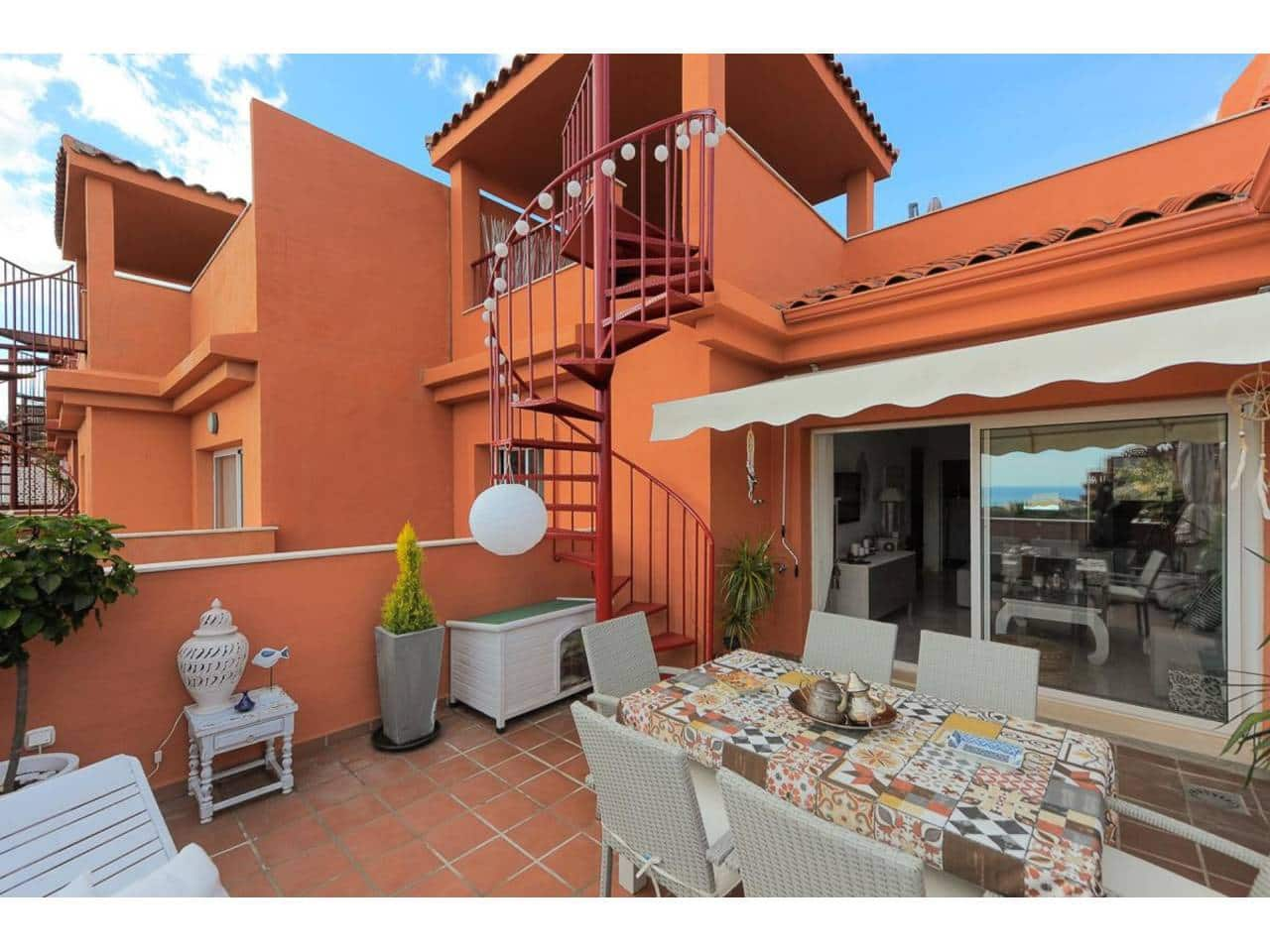 2 bedroom Penthouse for sale in Marbella - € 225,000 (Ref: 5111249)