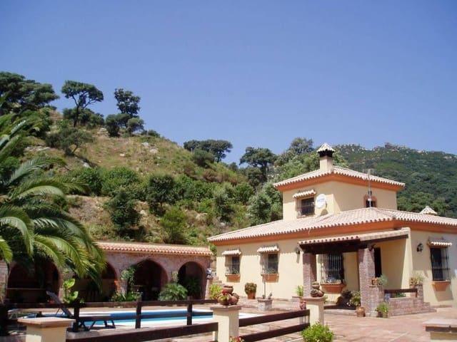 4 chambre Finca/Maison de Campagne à vendre à Los Barrios avec piscine - 335 000 € (Ref: 5108019)
