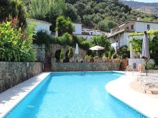 18 sypialnia Hotel na sprzedaż w Ronda z basenem - 3 000 000 € (Ref: 6252346)