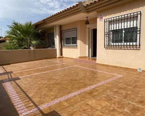 3 sovrum Villa till salu i La Puebla med pool - 149 900 € (Ref: 5769083)