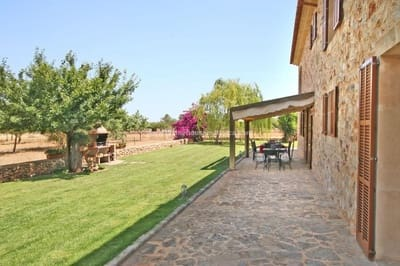 5 bedroom Finca/Country House for sale in Porreres with pool - € 1,910,000 (Ref: 5396548)