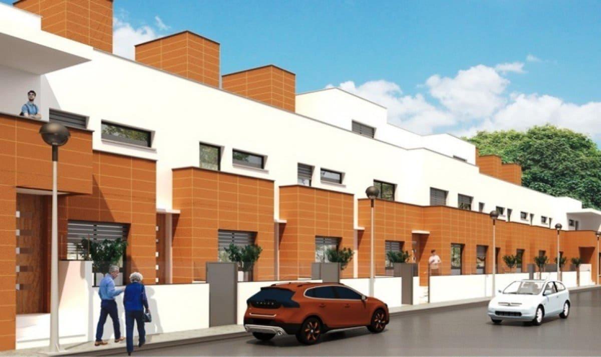 Apartamento de 3 habitaciones en Pilar de la Horadada en venta - 190.000 € (Ref: 4872859)