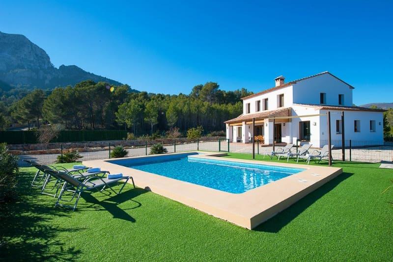Finca/Casa Rural de 5 habitaciones en Calpe / Calp en venta con piscina - 745.000 € (Ref: 5033470)