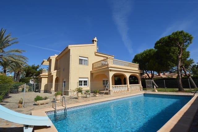 4 soveværelse Semi-Rækkehus til salg i Cabo Roig med swimmingpool - € 825.000 (Ref: 5993571)
