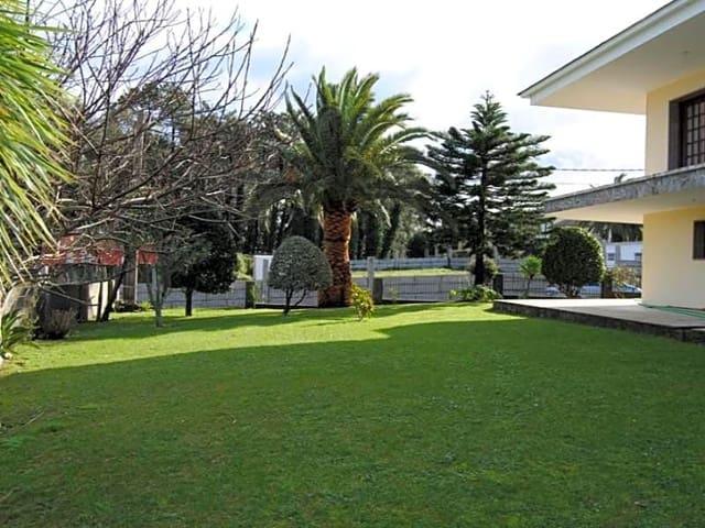 Chalet de 5 habitaciones en A Illa de Arousa en venta - 900.000 € (Ref: 5872051)
