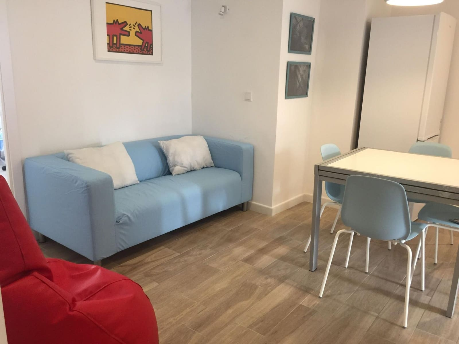 4 bedroom Flat for rent in Valencia city - € 1,200 (Ref: 5045780)