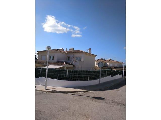 4 quarto Moradia em Banda para venda em Montserrat com garagem - 210 000 € (Ref: 6056124)