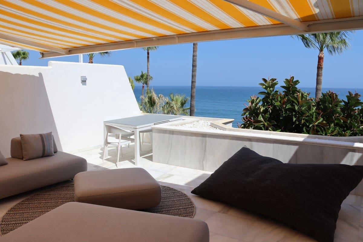 3 slaapkamer Penthouse voor vakantieverhuur in Estepona met zwembad garage - € 1.500 (Ref: 6299284)