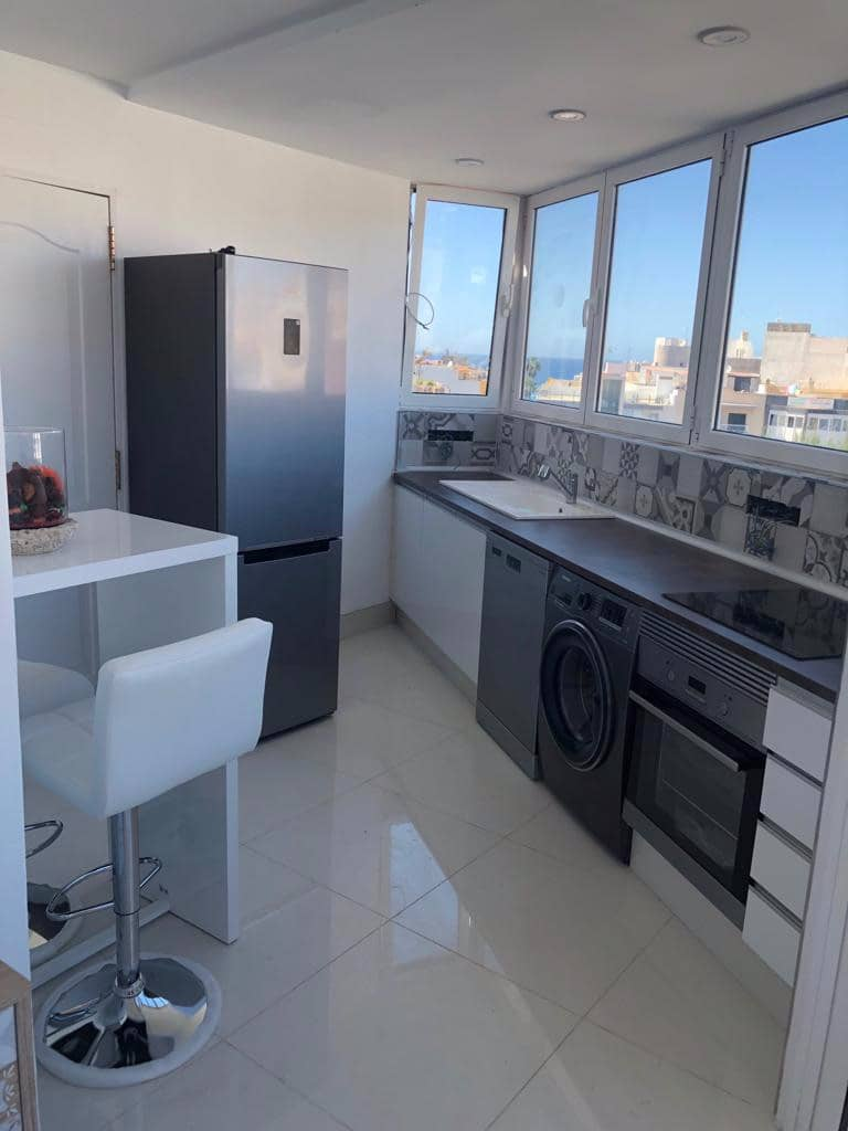 Penthouse de 2 chambres à louer à Arguineguin - 1 400 € (Ref: 4859037)