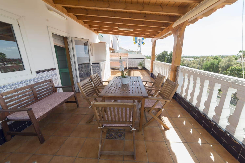 3 slaapkamer Huis te huur in San Fernando - € 1.300 (Ref: 5148577)