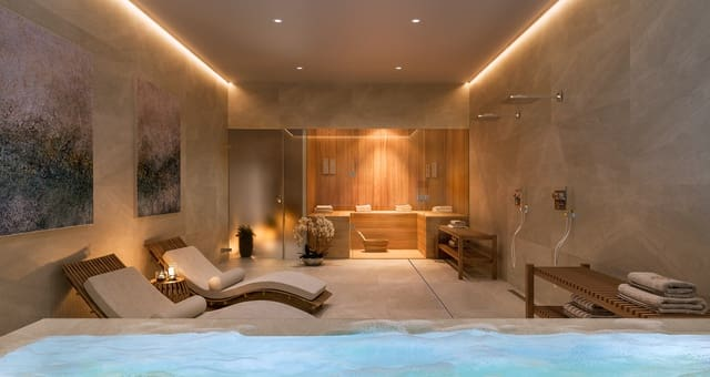 5 bedroom Semi-detached Villa for sale in Alicante / Alacant city with pool - € 555,000 (Ref: 5931054)