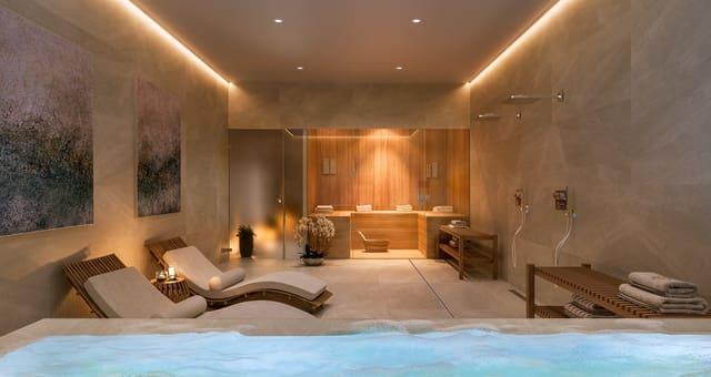 4 bedroom Semi-detached Villa for sale in Alicante / Alacant city with pool - € 475,000 (Ref: 5931063)