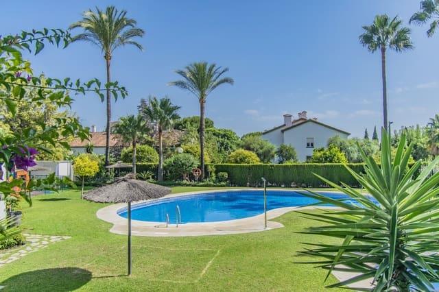 Pareado de 5 habitaciones en Golden Mile en venta con piscina - 390.000 € (Ref: 5870834)