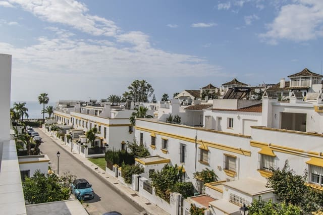 6 soveværelse Rækkehus til leje i Golden Mile med swimmingpool - € 3.500 (Ref: 5959162)