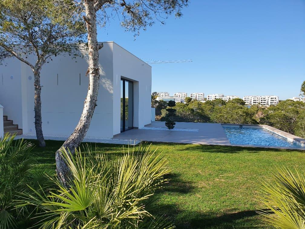 Chalet de 4 habitaciones en Las Colinas Golf en venta con piscina - 545.000 € (Ref: 4725454)