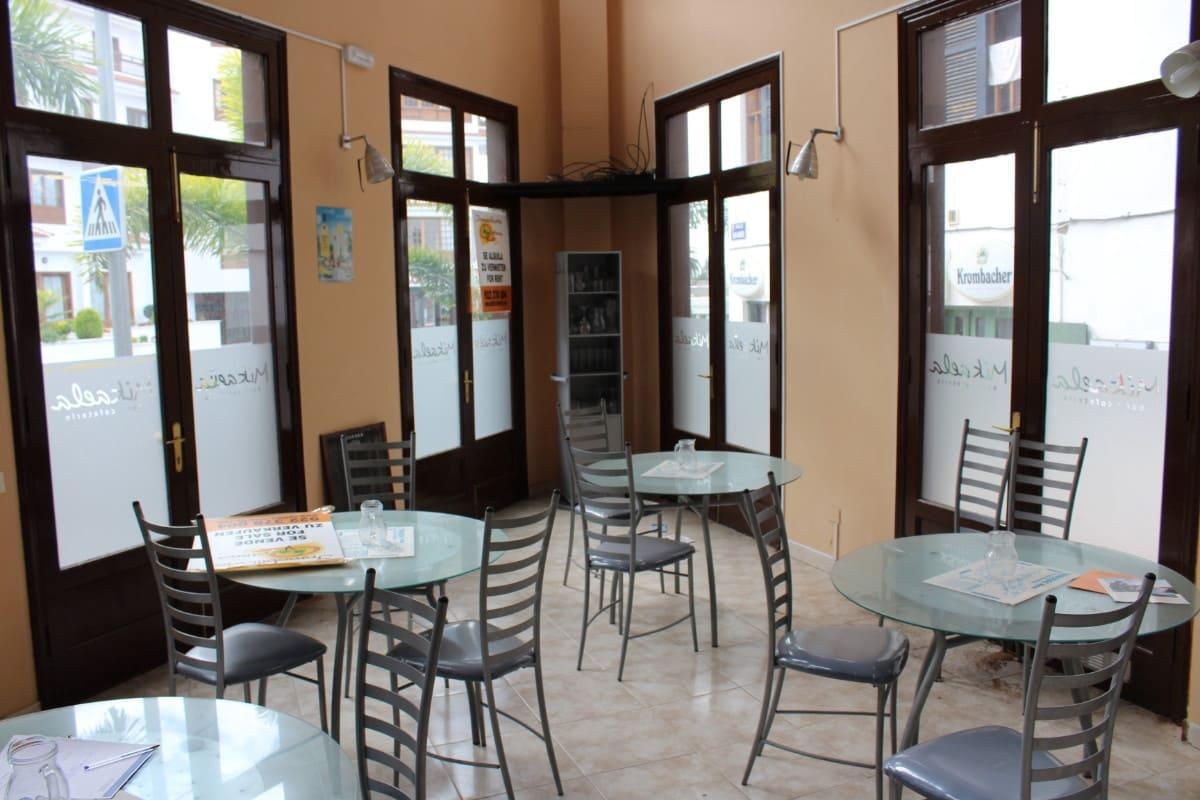 2 soveværelse Restaurant/Bar til salg i Puerto de la Cruz - € 210.000 (Ref: 6049689)