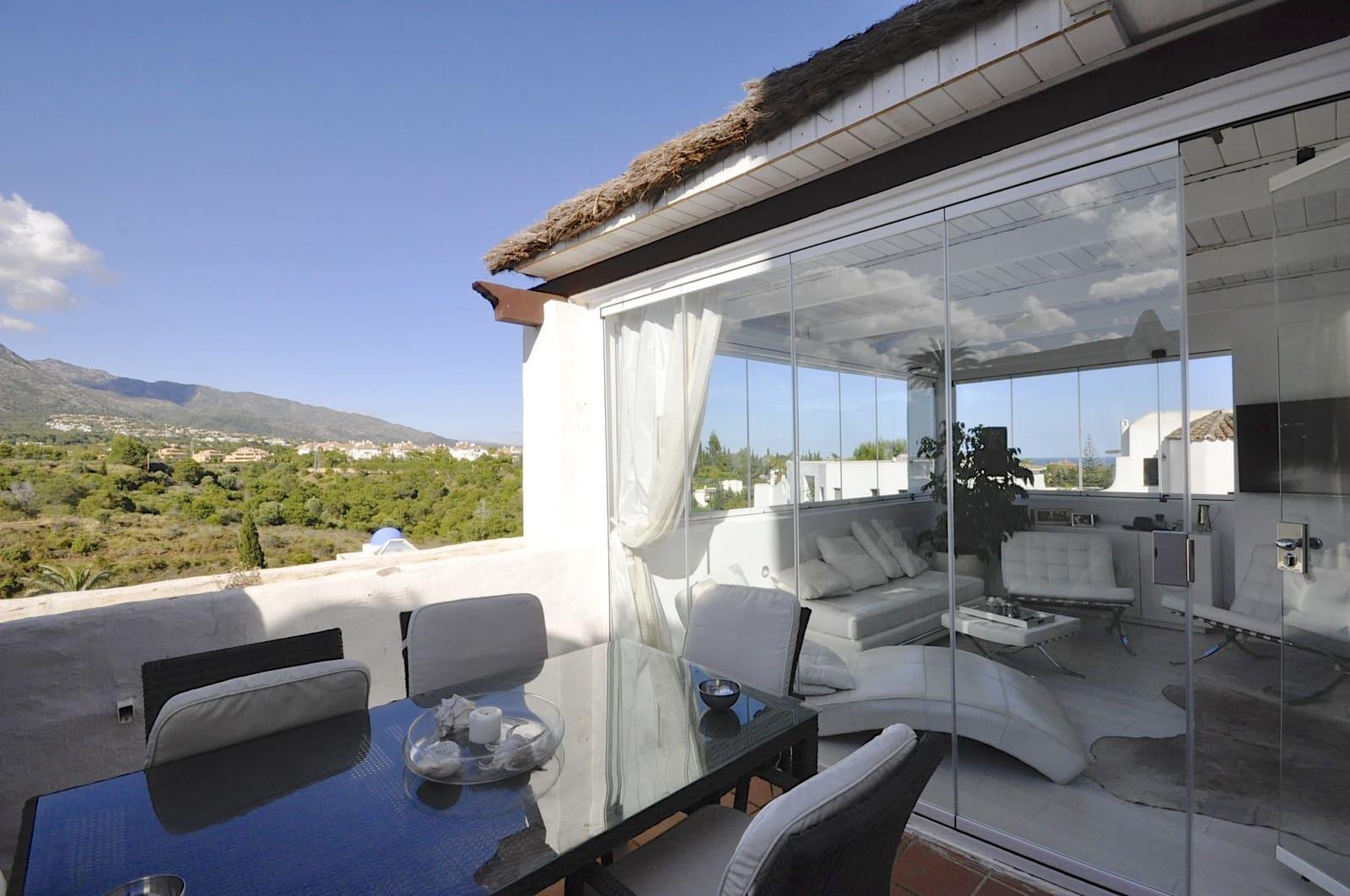 3 bedroom Flat for sale in Marbella - € 450,000 (Ref: 5147755)