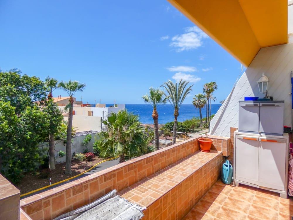 3 quarto Apartamento de Praia para venda em Costa del Silencio - 250 000 € (Ref: 6075617)