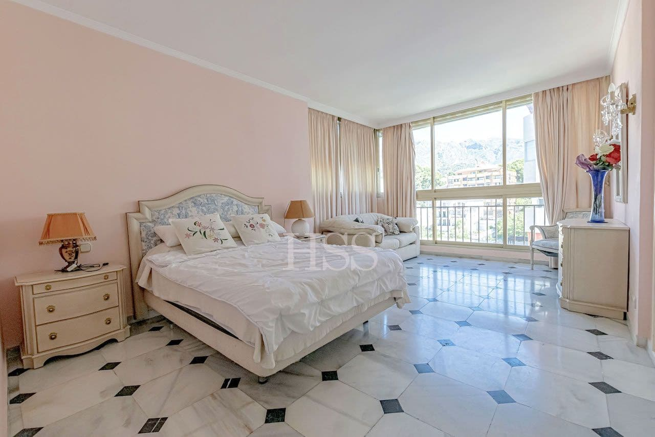 1 soveværelse Lejlighed til leje i Marbella med garage - € 750 (Ref: 5354606)