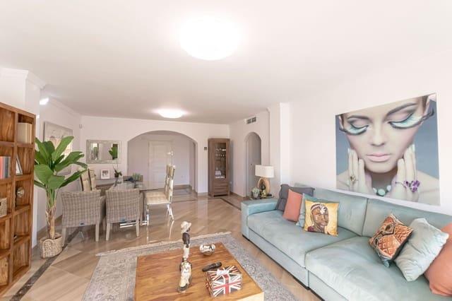 2 sypialnia Apartament do wynajęcia w Bahia de Marbella z basenem garażem - 2 000 € (Ref: 5859333)
