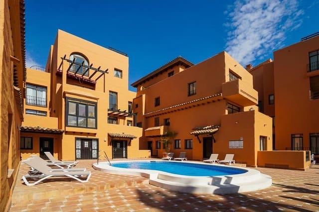 2 soveværelse Lejlighed til salg i New Golden Mile med swimmingpool garage - € 255.000 (Ref: 5943171)